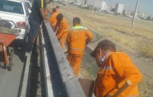 نیروهای شهرداری با تمام توان در حال پاکسازی خیابان کیاتل هستند+تصاویر