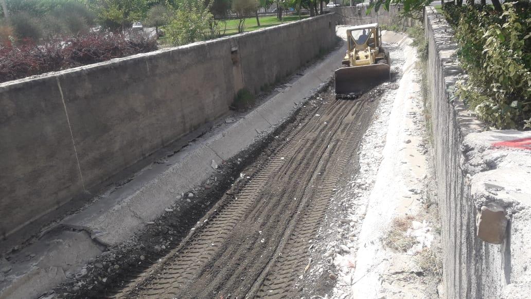 اجرای طرح پاکسازی و لایه روبی کانال غربی از ابتدای محدوده شهر تا تقاطع دریانیه
